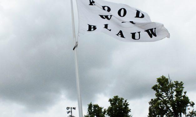 Verbale vlag wappert in Delft