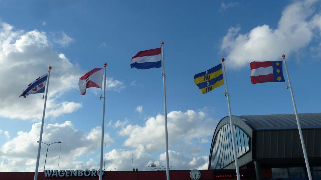 De vlaggen van Friesland, Wagenborg, Nederland, Ameland en Dongeradeel